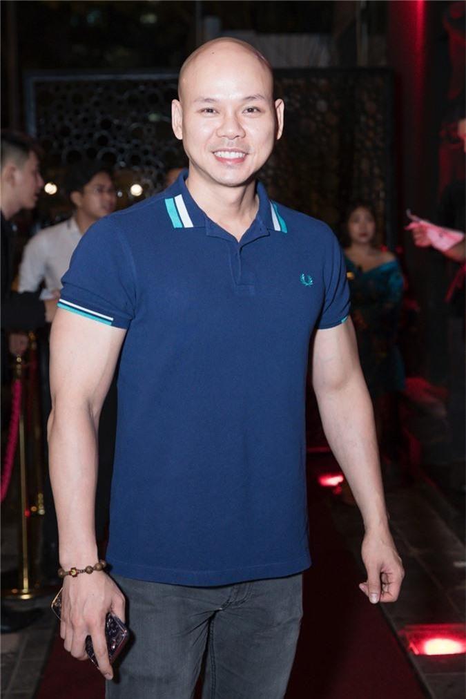 Linh Chi tình tứ bên Lâm Vinh Hải trong tiệc sinh nhật hoành tráng của nhạc sĩ Nguyễn Hồng Thuận - Ảnh 5.