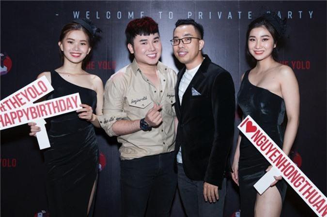 Linh Chi tình tứ bên Lâm Vinh Hải trong tiệc sinh nhật hoành tráng của nhạc sĩ Nguyễn Hồng Thuận - Ảnh 6.