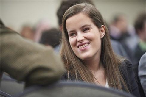Chân dung nữ kỹ sư 9X khiếm thị làm việc tại Apple - ảnh 1