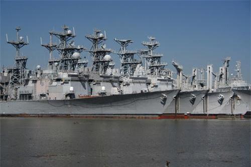 Khu trục hạm săn ngầm lớp Spruance khi mới rút khỏi lực lượng tác chiến