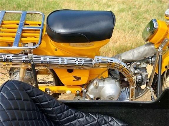 Ngắm huyền thoại Honda Super Cub 3 bánh cực lạ