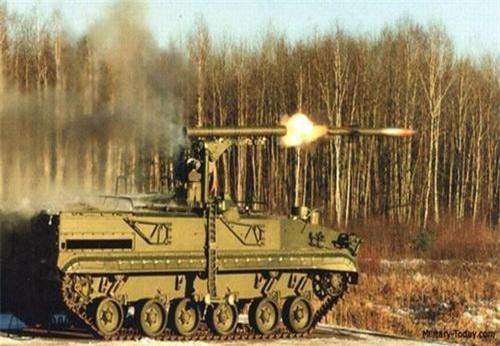 Tổ hợp tên lửa chống tăng tự hành 9P157-2 Khrizantema-S thực hành chiến đấu