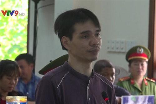 Đối tượng Nguyễn Ngọc Ánh tại tòa.