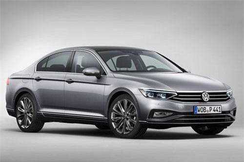 7. Volkswagen Passat (doanh số: 24.315 chiếc).