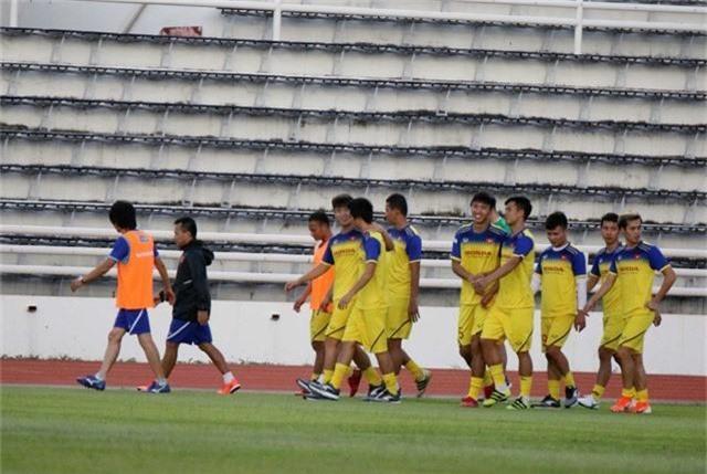 ĐT Việt Nam tập nhẹ, sẵn sàng cho trận chung kết Kings Cup 2019 gặp ĐT Curacao - Ảnh 10.