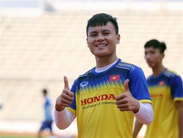 ĐT Việt Nam tập nhẹ, sẵn sàng cho trận chung kết Kings Cup 2019 gặp ĐT Curacao - Ảnh 11.