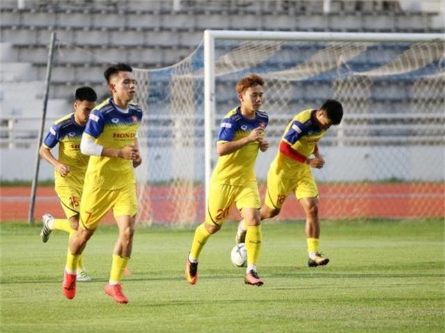 ĐT Việt Nam tập nhẹ, sẵn sàng cho trận chung kết Kings Cup 2019 gặp ĐT Curacao - Ảnh 4.
