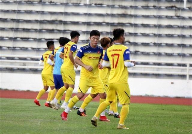 ĐT Việt Nam tập nhẹ, sẵn sàng cho trận chung kết Kings Cup 2019 gặp ĐT Curacao - Ảnh 5.
