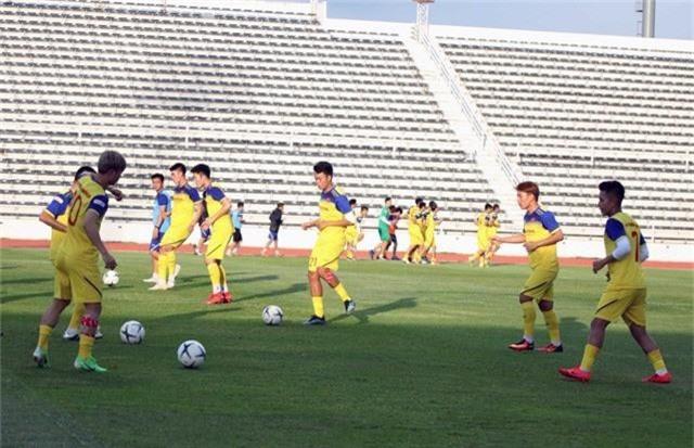 ĐT Việt Nam tập nhẹ, sẵn sàng cho trận chung kết Kings Cup 2019 gặp ĐT Curacao - Ảnh 9.