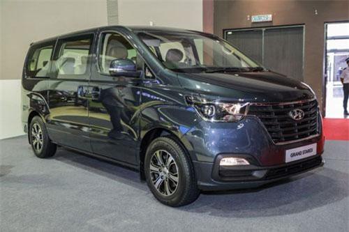 10. Hyundai Grand Starex (doanh số: 20.667 chiếc).