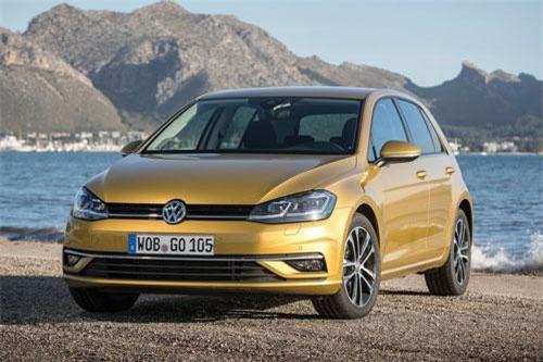 3. Volkswagen Golf (doanh số: 4.655 chiếc).