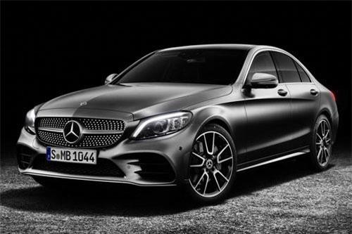 7. Mercedes-Benz C-Class (doanh số: 3.387 chiếc).