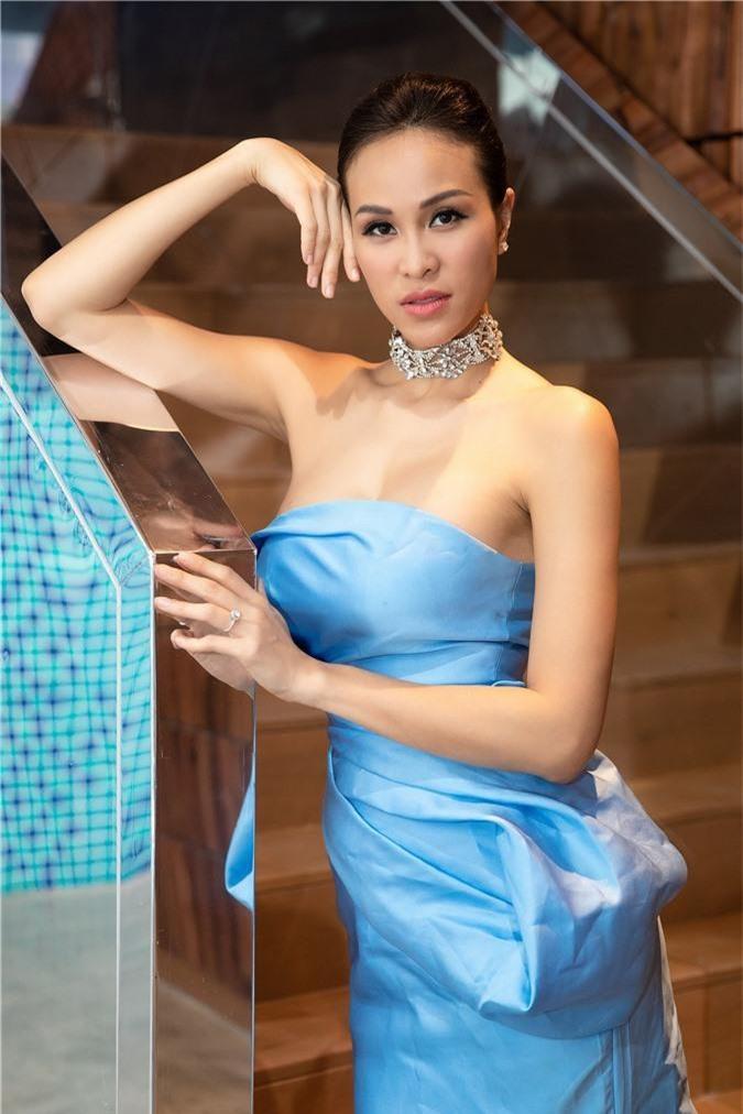 Phương Mai tiết lộ về người đàn ông đã khiến cô quyết định làm đám cưới đầy bất ngờ - Ảnh 4.
