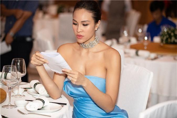 Phương Mai tiết lộ về người đàn ông đã khiến cô quyết định làm đám cưới đầy bất ngờ - Ảnh 8.