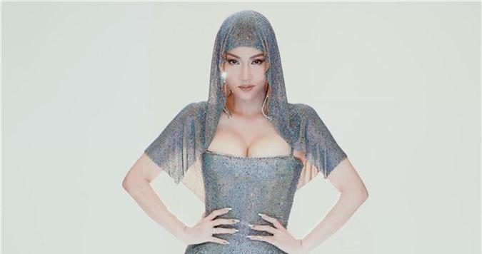 """Sau ồn ào danh xưng Diva, Thu Minh """"lên đồ"""" làm Met Gala phiên bản Việt cho thiên hạ trầm trồ  - Ảnh 3."""