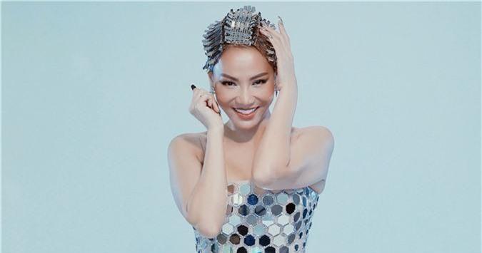"""Sau ồn ào danh xưng Diva, Thu Minh """"lên đồ"""" làm Met Gala phiên bản Việt cho thiên hạ trầm trồ  - Ảnh 7."""