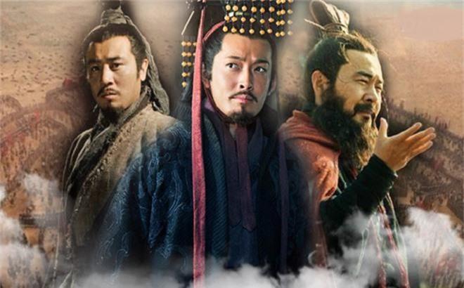 Ly do Ton Quyen xung dang la hoang de thanh cong nhat thoi Tam quoc
