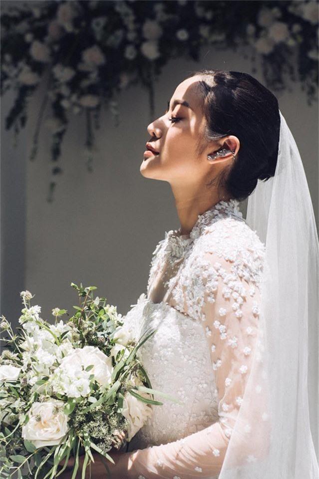 MC Phí Linh chính thức tung ảnh cưới, xác nhận chuyện lên xe hoa là thật nhưng nhất quyết không chịu lộ danh tính chú rể - Ảnh 1.