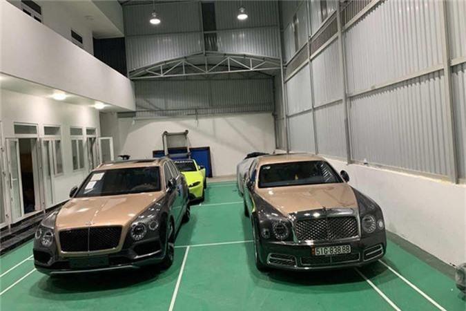 SUV Bentley Bentayga V8 trieu do ve nha dai gia Sai Gon-Hinh-3