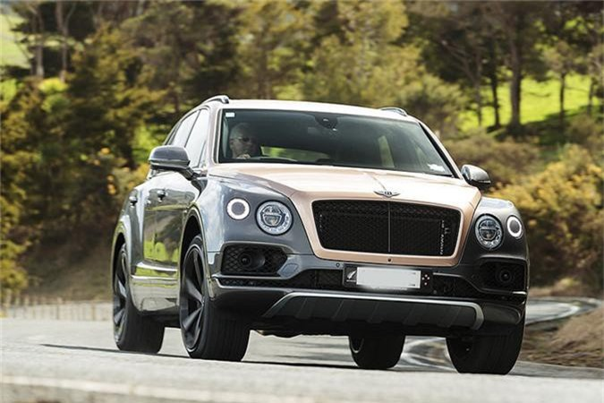 SUV Bentley Bentayga V8 trieu do ve nha dai gia Sai Gon-Hinh-8