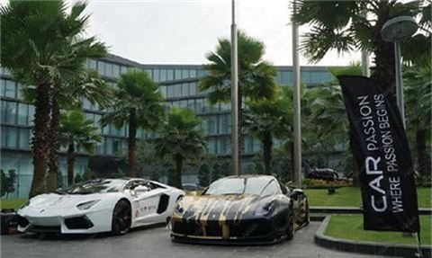Lamborghini Aventador và Ferrari 488 GTB