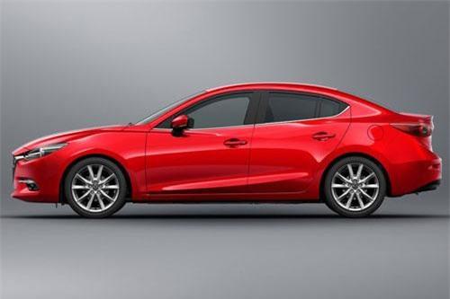 3. Mazda 3 (doanh số: 6.340 chiếc).