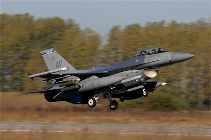 """Bulgaria """"che ong che eo"""" chien dau co F-16 cua My-Hinh-6"""