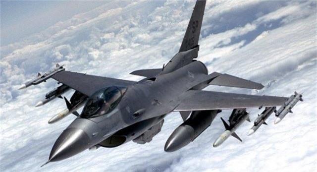 """Bulgaria """"che ong che eo"""" chien dau co F-16 cua My-Hinh-8"""