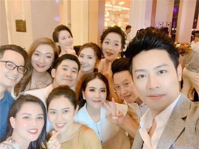 """Ca sĩ Phương Linh, Uyên Linh, MC Mù Tạt VTV thi nhau """"than"""" """"mót cưới"""" - 11"""