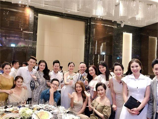 """Ca sĩ Phương Linh, Uyên Linh, MC Mù Tạt VTV thi nhau """"than"""" """"mót cưới"""" - 12"""