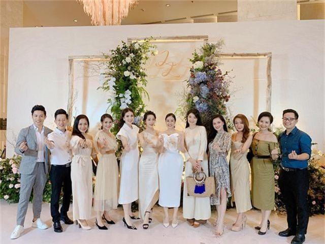 """Ca sĩ Phương Linh, Uyên Linh, MC Mù Tạt VTV thi nhau """"than"""" """"mót cưới"""" - 3"""