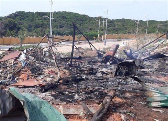 Nổ lớn trong đêm ở Cam Ranh, 2 người chết, 8 người bị thương - 1