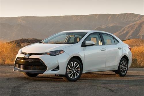 1. Toyota Corolla (doanh số: 282.637 chiếc).