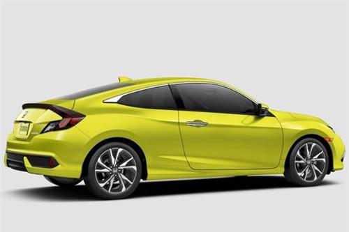 3. Honda Civic (doanh số: 203.103 chiếc).