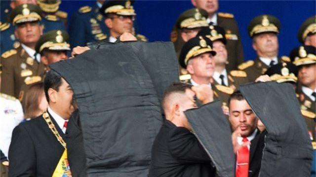 Tổng thống Venezuela tố nước ngoài bơm 20 triệu USD nhằm ám sát ông - 1