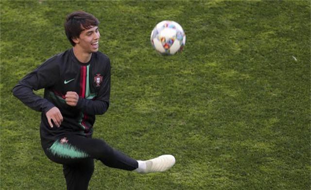 Chi 130 triệu Euro, Real quyết phá đám Atletico vụ Joao Felix - Ảnh 1.