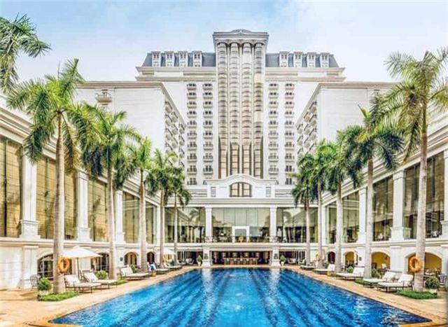 Top 5 khách sạn sang trọng và ấn tượng nhất tại Huế - 1