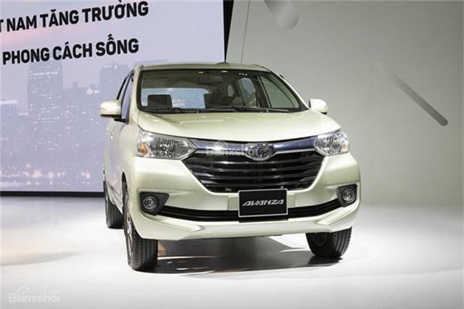 Trong số những mẫu xe ôtô 7 chỗ tại Việt Nam, thương hiệu Toyota hiện dẫn đầu với hàng loạt mẫu xe từ SUV đến MPV. Đầu tiên phải kể đến chiếc xe 7 chỗ giá rẻ Toyota Avanza có giá từ 537 - 593 triệu đồng. Tại Việt Nam, xe sở hữu động cơ gồm: 1.3L (94 mã lực/121 Nm) cùng hộp số sàn 5 cấp và 1.5L (102 mã lực/136 Nm) hộp số tự động 4 cấp.
