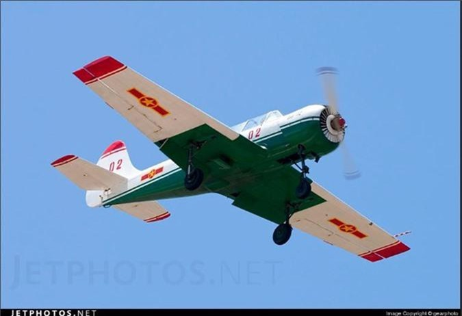 Kham pha cap may bay huan luyen moi phi cong KQND Viet Nam-Hinh-8