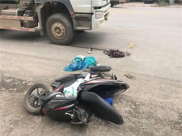 Sĩ tử Hà Nội bị xe bồn tông gãy chân sau buổi thi môn Ngữ Văn - 2
