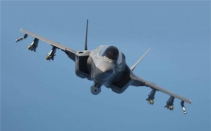 6 loai may bay dat nhat Quan doi My - F-35 khong co mat!