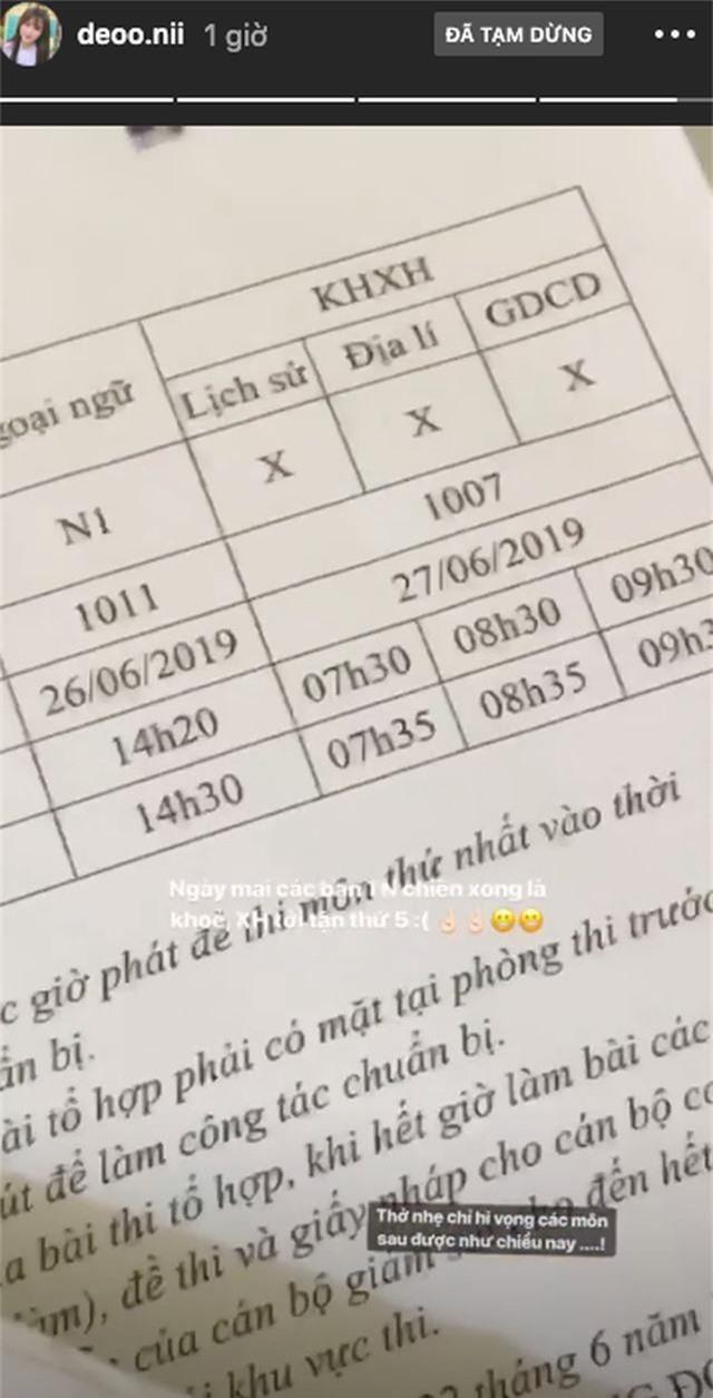 Các hot girl sinh năm 2001 làm bài thi THPT quốc gia ngày đầu ra sao? - 7