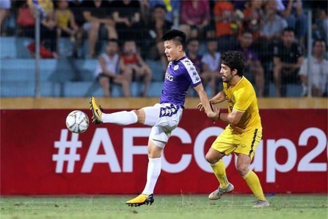 HLV đối thủ ngả mũ, thừa nhận Quang Hải có thể chơi bóng ở châu Âu - 1