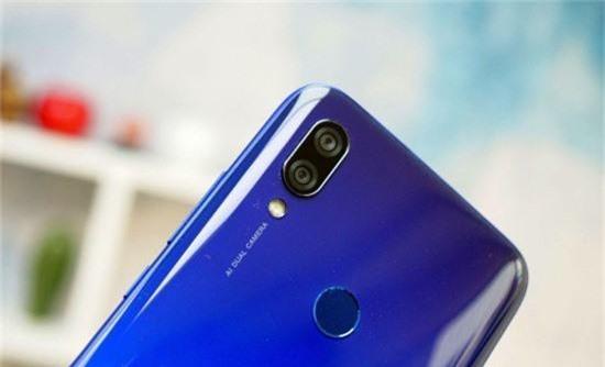 Top 4 smartphone màn hình giọt nước thời thượng giá rẻ - Ảnh 6.