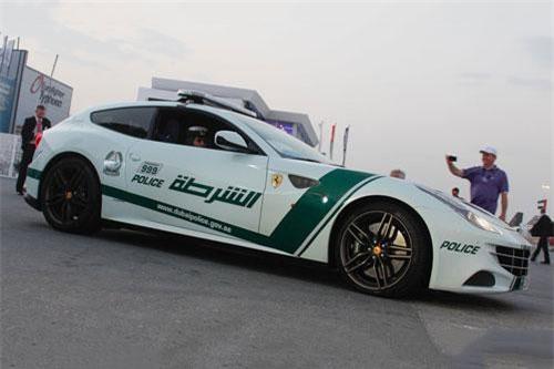 3. Ferrari FF.