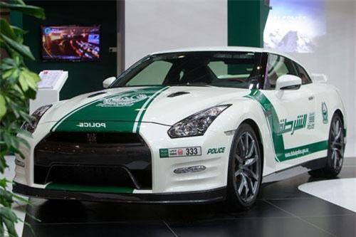 6. Nissan GT-R.