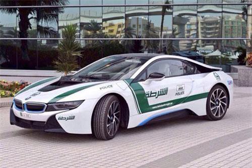 9. BMW i8.