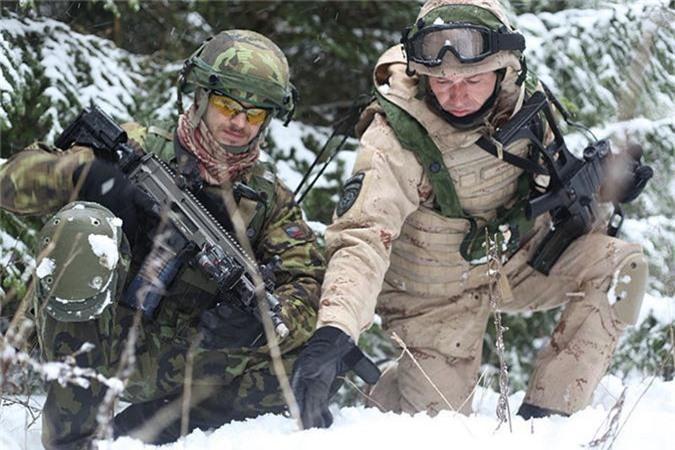 Nga ve NATO, Czech van mo tuong ve xe tang Nga