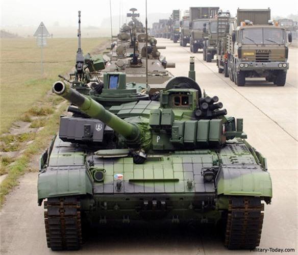 Nga ve NATO, Czech van mo tuong ve xe tang Nga-Hinh-5