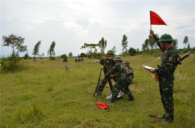 Ngo ngang thiet ke sung chong tang ban... hoi cua Viet Nam-Hinh-5